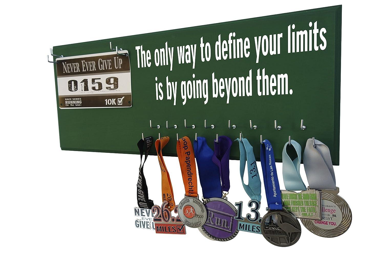 Running on the Wall – Race Bib and Medal表示rack-壁マウントスポーツメダルホルダーとハンガー5、K 10 K、マラソンランナー – The only way to define your limitsは越えてthem B01N8XL7HZ グリーン