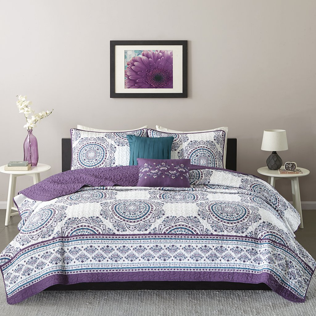 Intelligent Design ID14-944 Quilt Full/Queen Purple