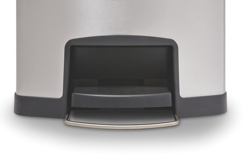 Black Rubbermaid Slim Jim 1901987 30 Litre Front Step Step-On Stainless Steel Wastebasket with Dual Liner