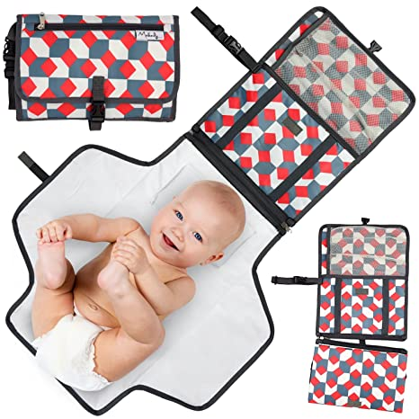 Baby Portable Changing Pad Foldable Pad with Stroller Strap /& Pocket for Diapers /& Wipes Perfect Baby Shower Gift Changing Organizer Bag for Toddlers Infants /& Newborns Waterproof