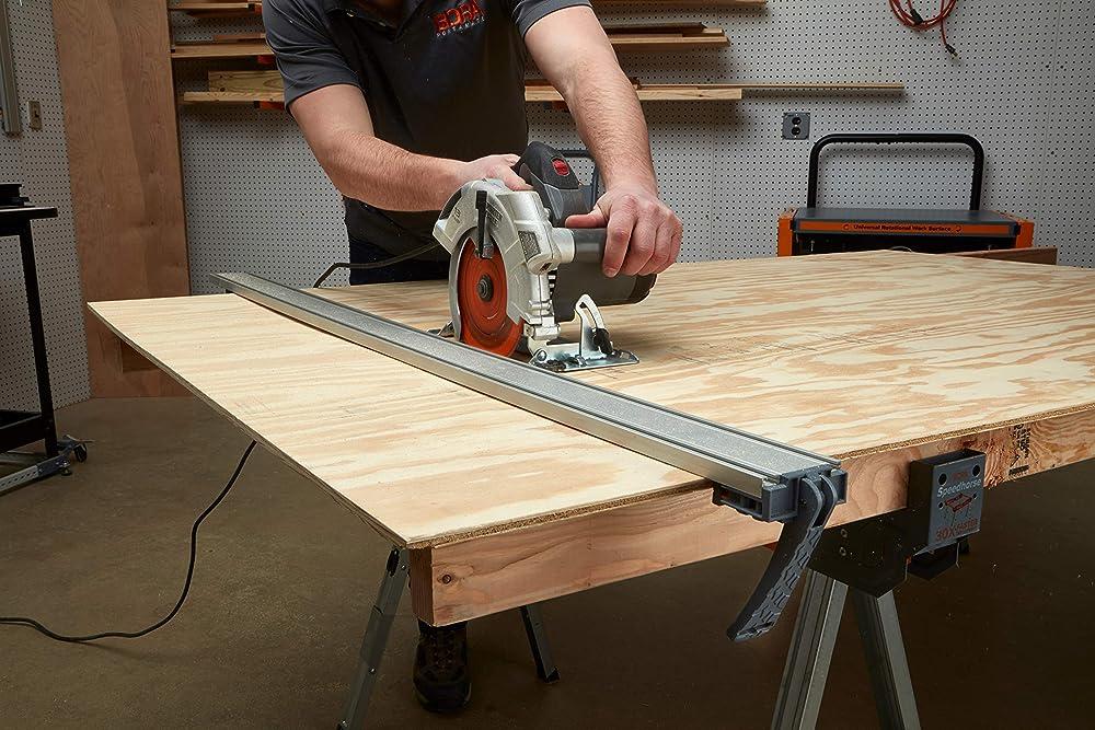 use circular saw guide
