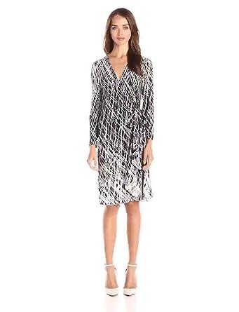 78066a24b1b Amazon.com  BCBGMax Azria Women s Adele Printed Wrap Casual Dress ...