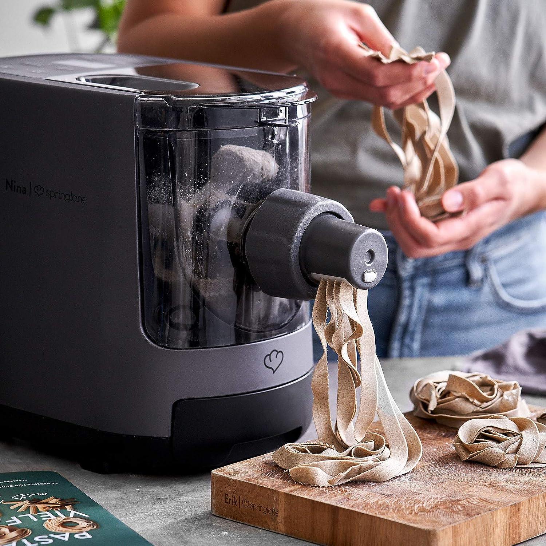 Macchina per la Pasta Elettrico - I 7 migliori utensili da cucina su Amazon - SaluteCosmetica