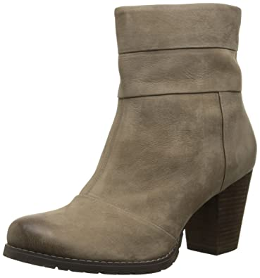 Amazon.com | Clarks Artisan Mission Manor | Ankle & Bootie