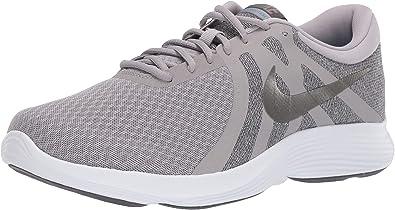 Nike Men's Revolution 4 4e Sneaker