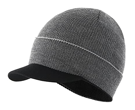 ac92bca3c34 Magracy Peaked Beanie for Boys Kids Thermal Winter Hat Warm Lining Knitted  Hat with Visor Grey  Amazon.co.uk  Clothing