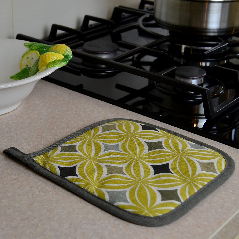 Kitchen Black Canvas Diamond Embroidery Cotton Quilted Oven Mitt Glove