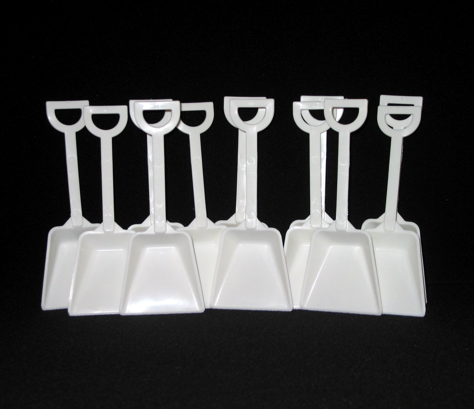 Small White Plastic Toy Shovels Wholesale Lot, 7'' Tall, Pack 500 by Jean's Plastics (Image #1)