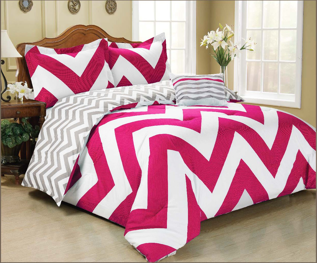 4 Pc Zig Zag Reversible Chevron Comforter Set Hot Pink Grey White New Bedding Set