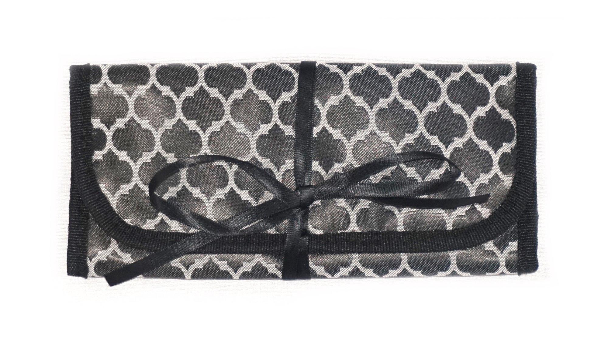 8'' x 11'' Hanging Travel Jewelry & Accessories Organizer Roll Bag (Black & Grey Quatrefoil/Blue)