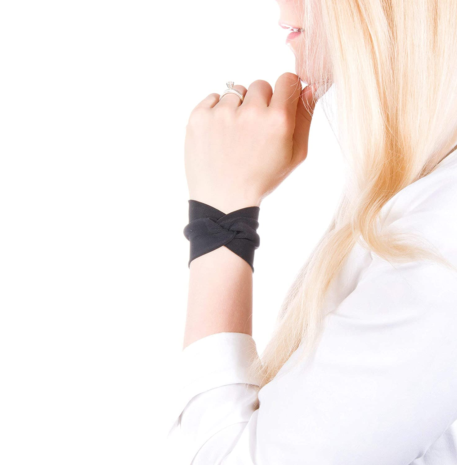 Twist Fabric Wrist Cuff Bracelet (Black)