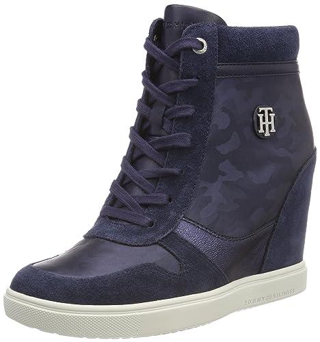370546b842 Tommy Hilfiger Women's Camo Metallic Dress Sneaker Low-Top, Blue (Tommy Navy  406