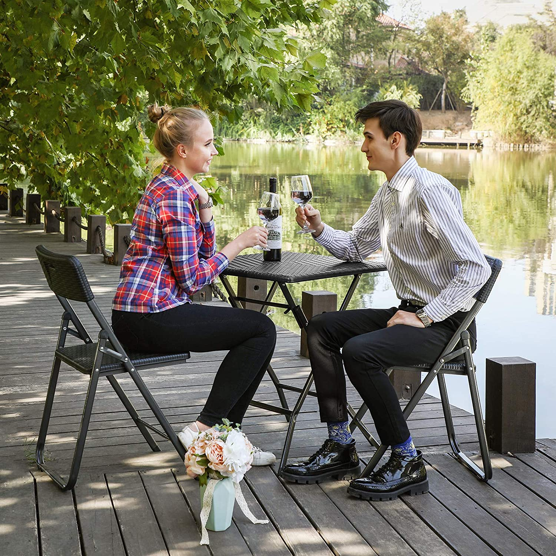 SONGMICS Table de Camping Table Pliante Table de Jardin Table de f/ête Buffet Table 61/x 75/x 61/cm Aspect rotin en Plastique pour Jardin terrasse march/é aux puces Noir Balcon