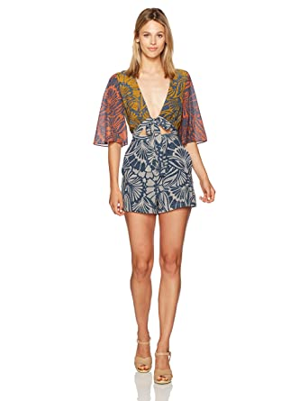 0beb837f1e8 Amazon.com  BCBGMAXAZRIA Women s Ivy Floral Print Blocked Tie Front Woven  Sportswear Romper  Clothing