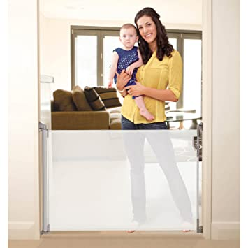 Stork Retractable Pet Gate In White Fit Opening Up To 140cm