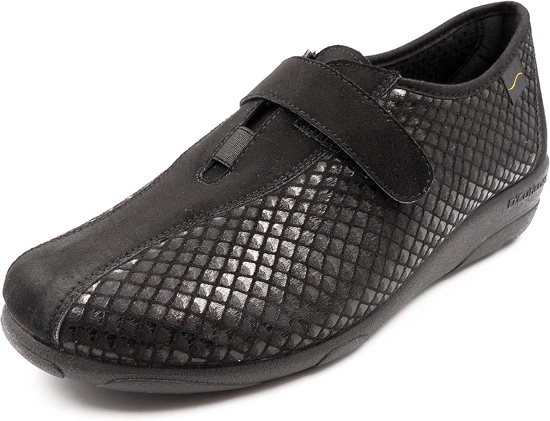 Zapato Mujer Abotinado en Lycra Elastica de la Marca DOCTOR CUTILLAS, Cierre Velcro y cuña 3cm - 3676-64