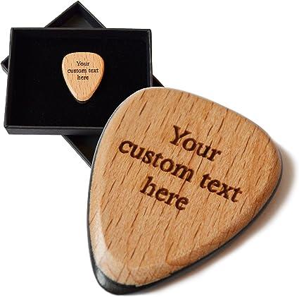 Púa de guitarra personalizada. Grabado con hasta 30 letras. Madera ...