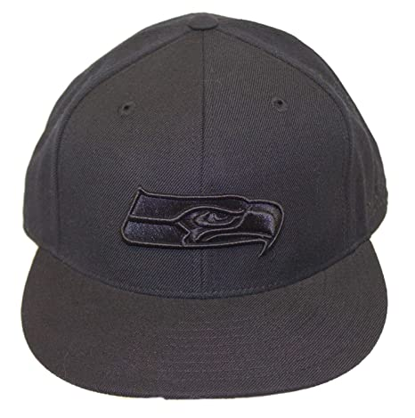d78f918c437 Reebok NFL Licensed Seattle Seahawks Fitted Flat Billed Baseball Hat Cap  Lid (Size 7 3