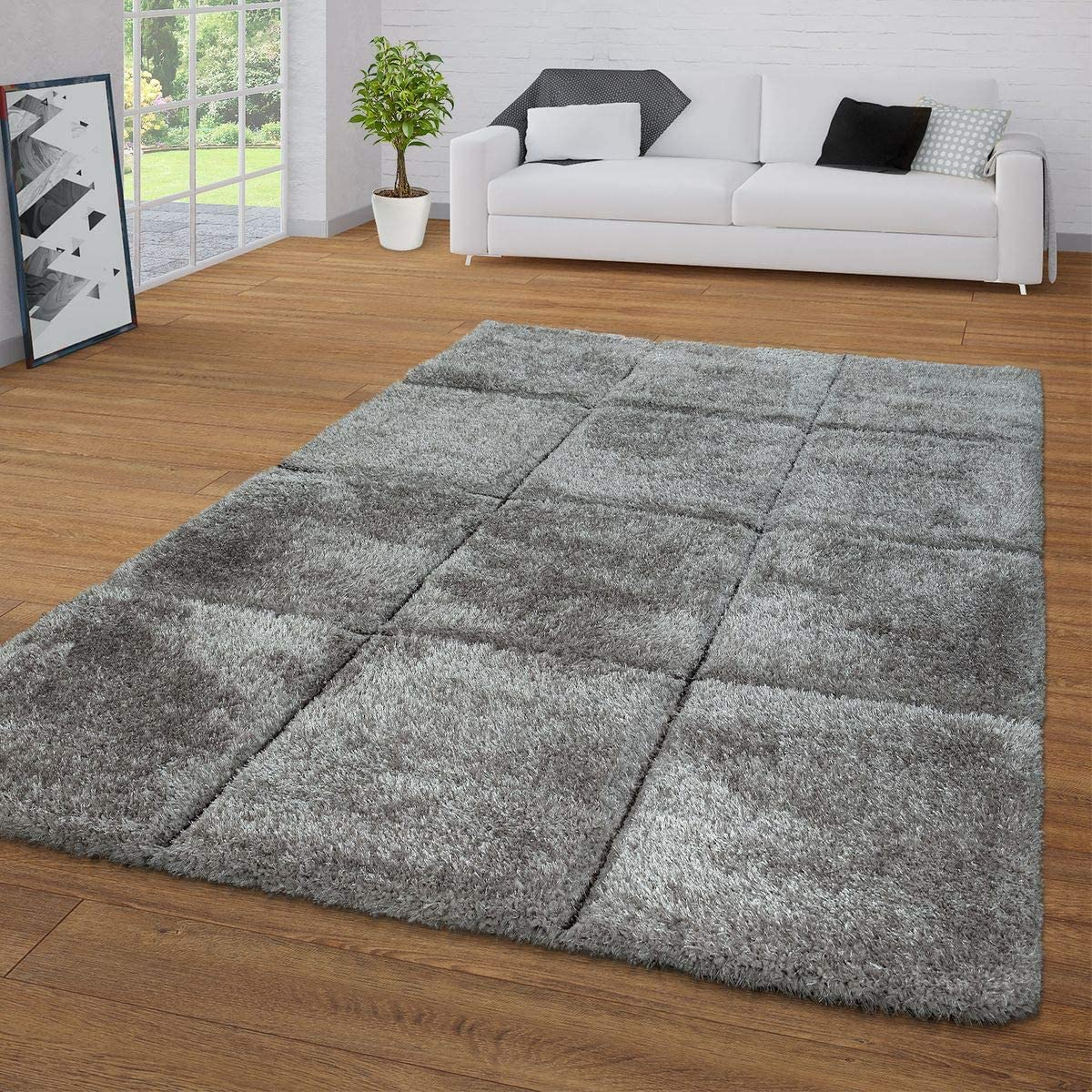 Shag Rug with Checkered Pattern Pastel Colors Fluffy High Pile Area Rug for Living Room, Size 6 7 x 9 2 , Colour Grey