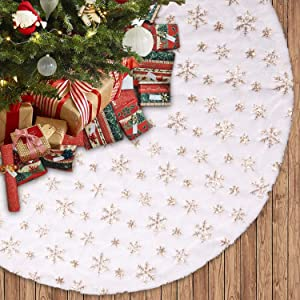Voyoly Christmas Tree Skirt, 48 Inch White Christmas Tree Decorations Indoor Sequin Tree Collar Faux Fur Gold Snowflake Plush Rug Xmas Holiday Festival Party Supplies Large Tree Mat Decor Ornaments