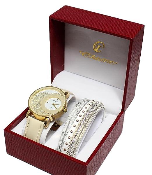 Estuche que contiene un reloj de pulsera para mujer con ...