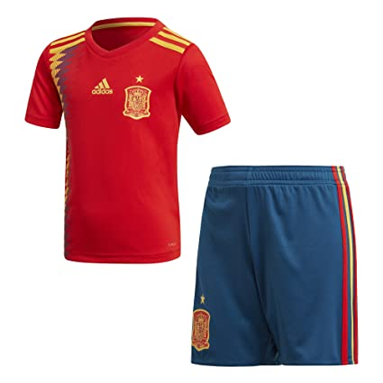 Amazon.com   adidas Spain Home Mini Kit 2018 2019   Sports   Outdoors fd3301bd7
