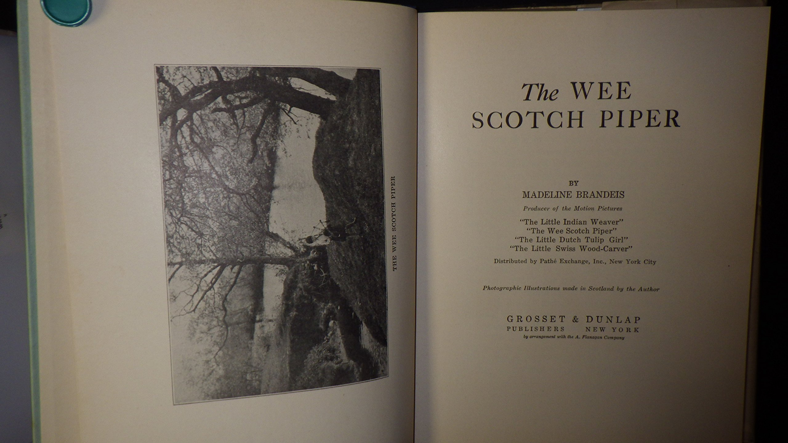 THE WEE SCOTCH PIPER The Children of All Lands Stories
