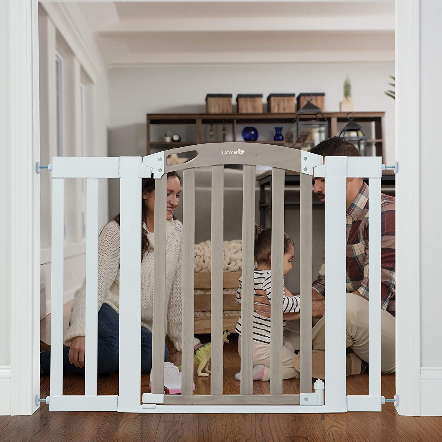 Summer Infant Chatham Post Safety Gate for Doorways & Stairways, with Auto-Close & Hold-Open, Grey Wash & White, 28.5 - 42 Inch