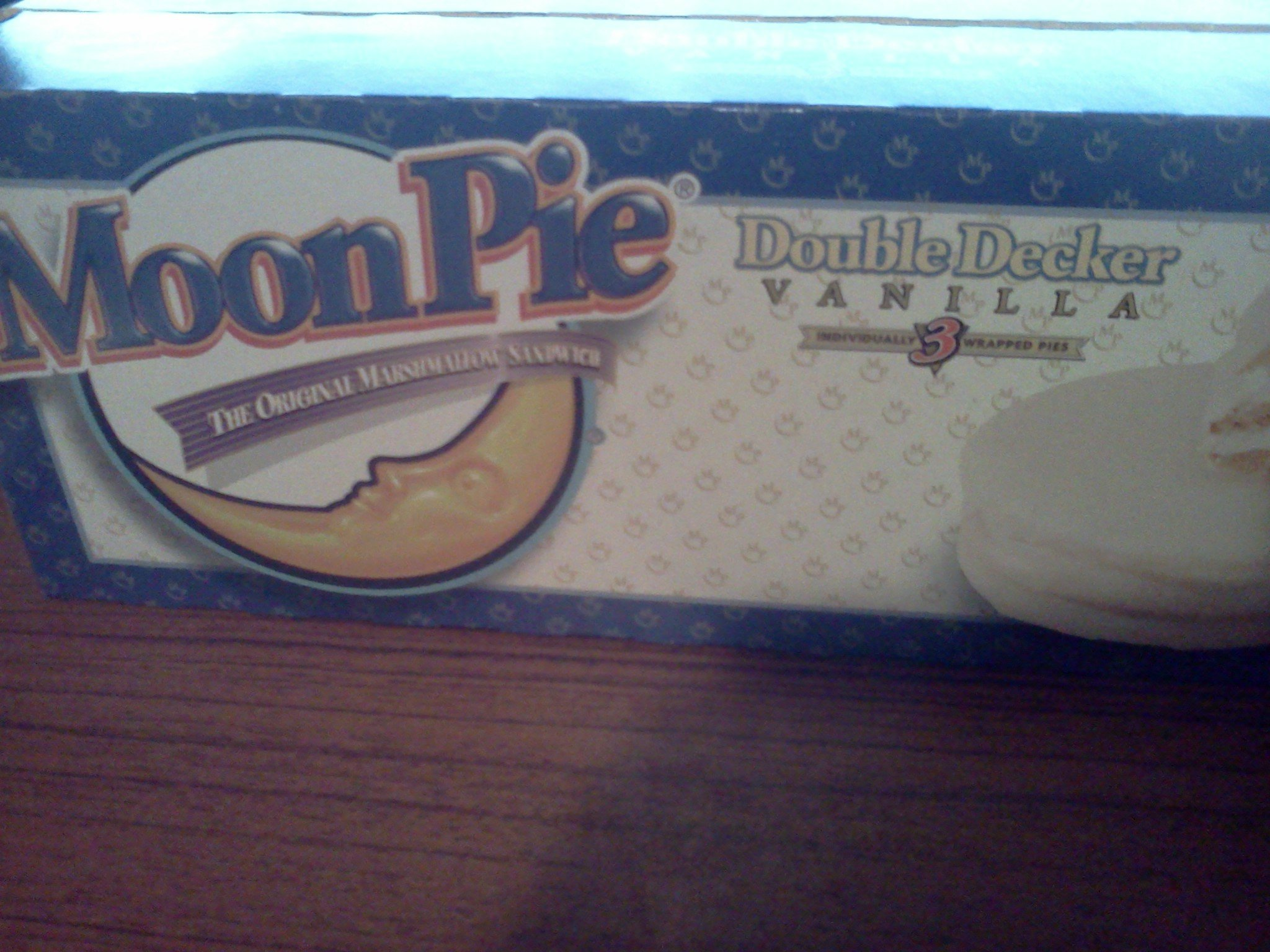 Moon Pie Vanilla Double Decker Marshmallow Sandwich by MoonPie