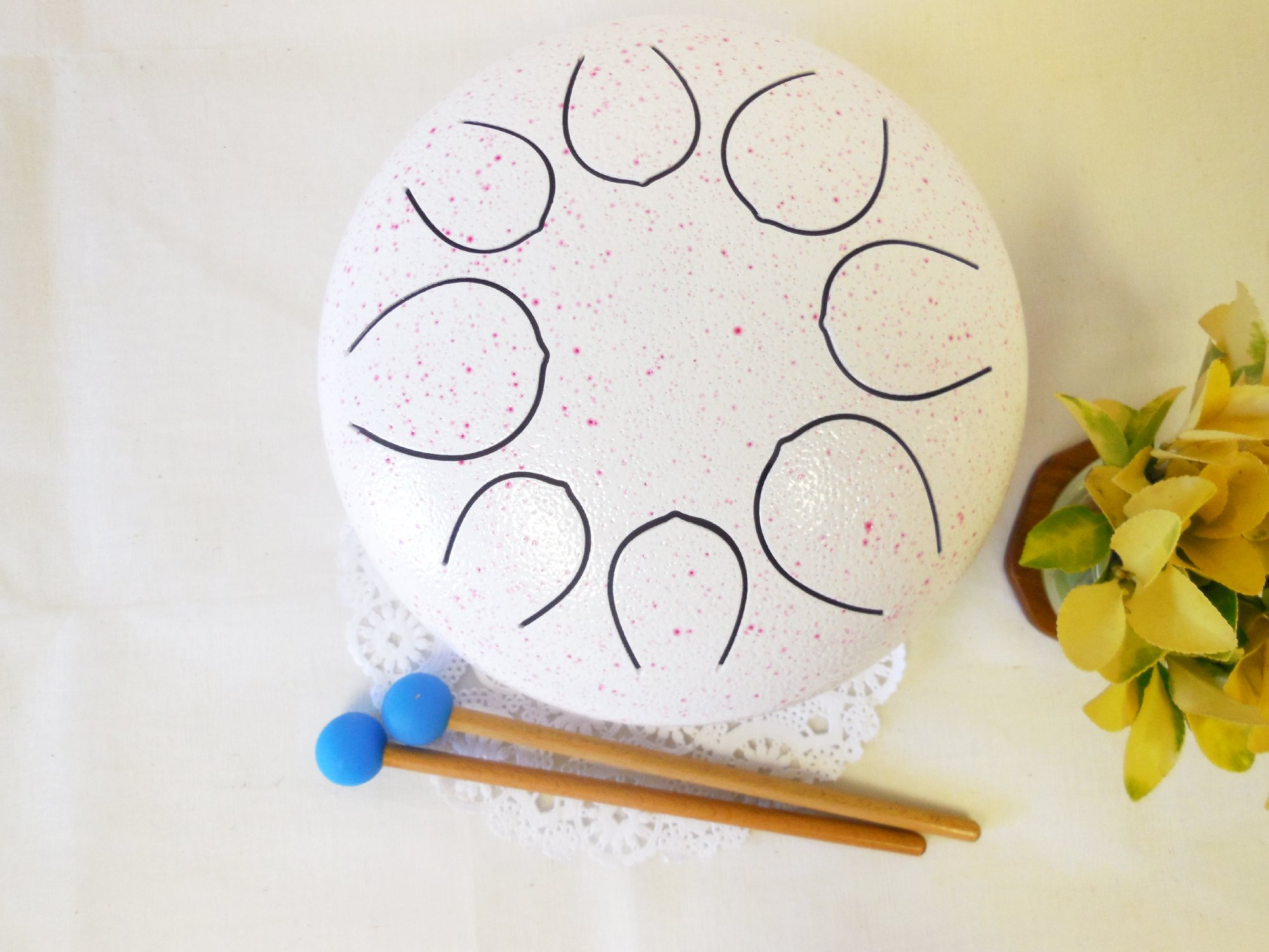 WuYou 10'' Steel Tongue Drum Handpan Tank, Special notes, Free Cushion bag and 2 mallets, White with pink dot