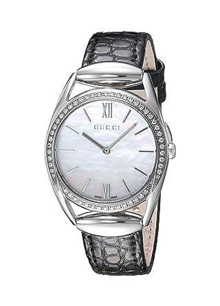 e2d3e9152eb Amazon.com  Gucci Horsebit Quartz Stainless Steel and Leather Black Women s  Watch(Model  YA140506)  Watches