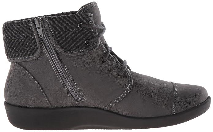a354167b1 Amazon.com | Clarks Women's Sillian Frey Boot | Ankle & Bootie