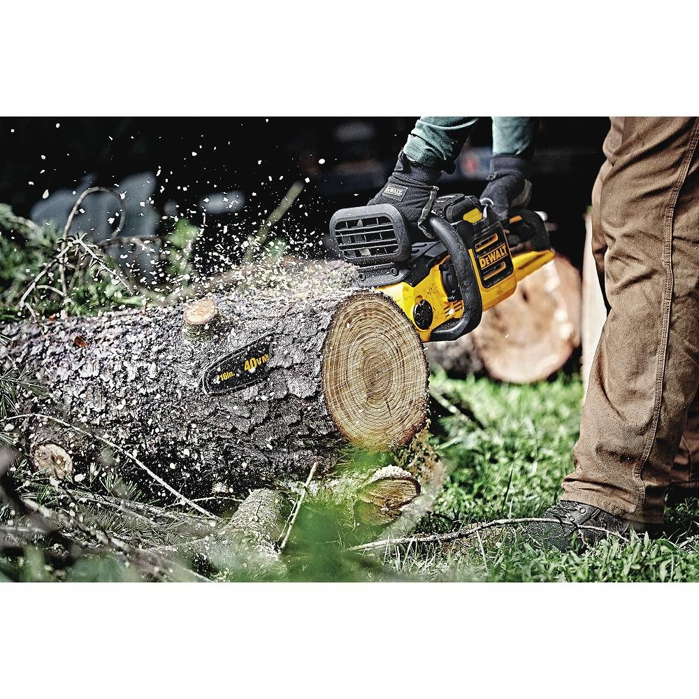 DEWALT DCCS690B 40V Lithium Ion XR Brushless 16'' Chainsaw (Baretool)