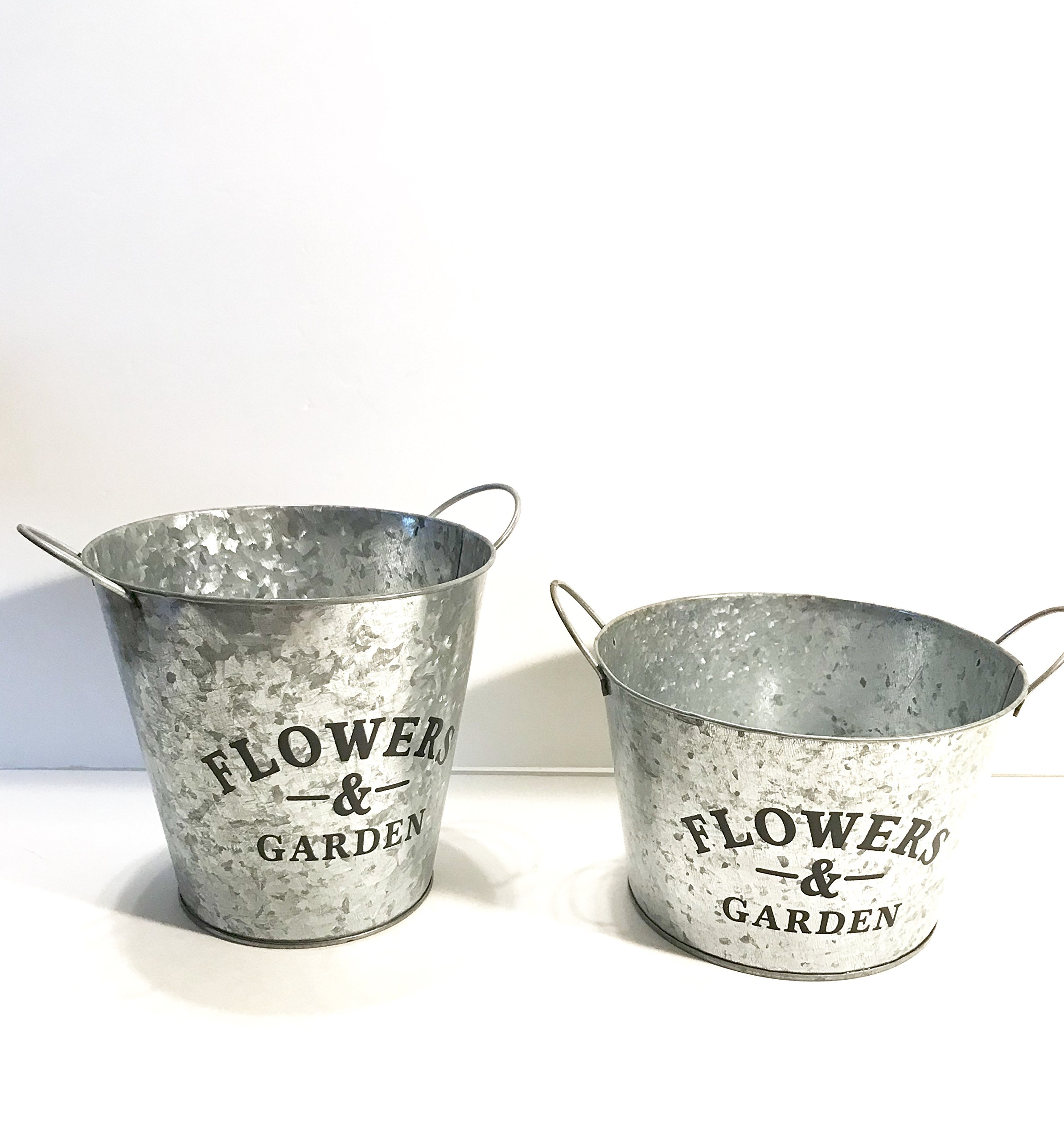 Farmhouse Multi-use Flowers and Garden Metal Bucket!