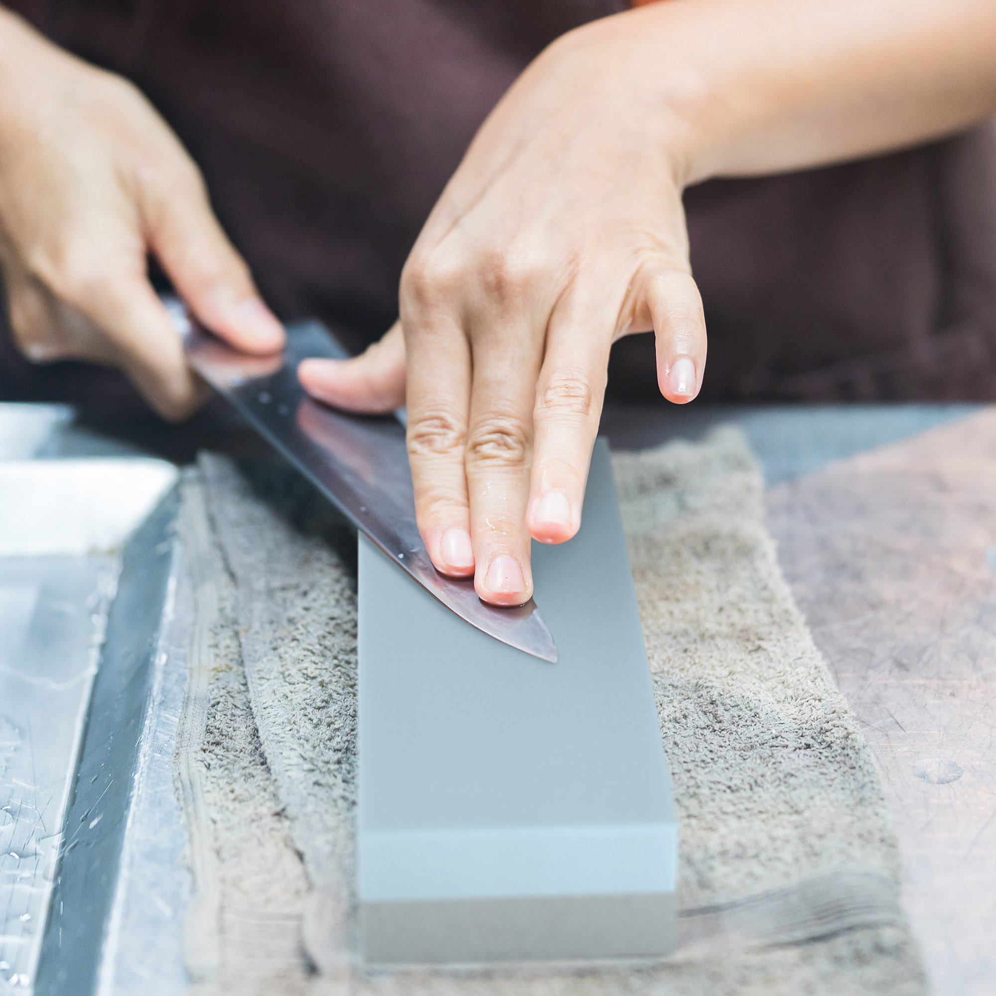 Whetstone Cutlery 20-10960 Knife Sharpening Stone-Dual Sided 400/1000 Grit Water Stone-Sharpener and Polishing Tool for Kitchen, Hunting and Pocket Knives or Blades by Whetstone by Whetstone Cutlery (Image #4)