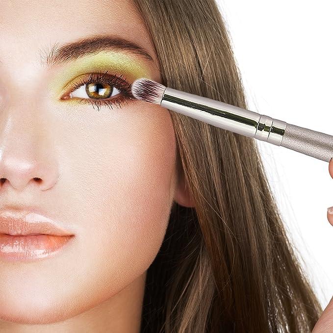 Kraumetik Juego de brochas de maquillaje, 18 piezas, incluye bolsa de poliuretano, color negro: Amazon.es: Belleza