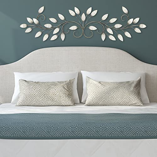 Stratton Home Decor S07736 Brushed Pearl Over The Door Wall Decor