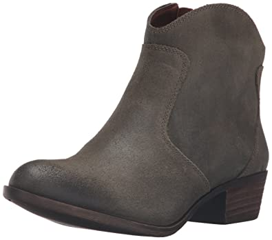 8b449e78f7d9 Amazon.com | Lucky Brand Women's belia Ankle Bootie | Ankle & Bootie