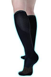 0d7db3975 Copper Fit Unisex 2.0 Easy-On and Easy-Off Knee High Compression Socks