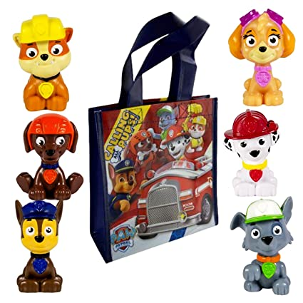 amazon com paw patrol mini figures play activity set with carry