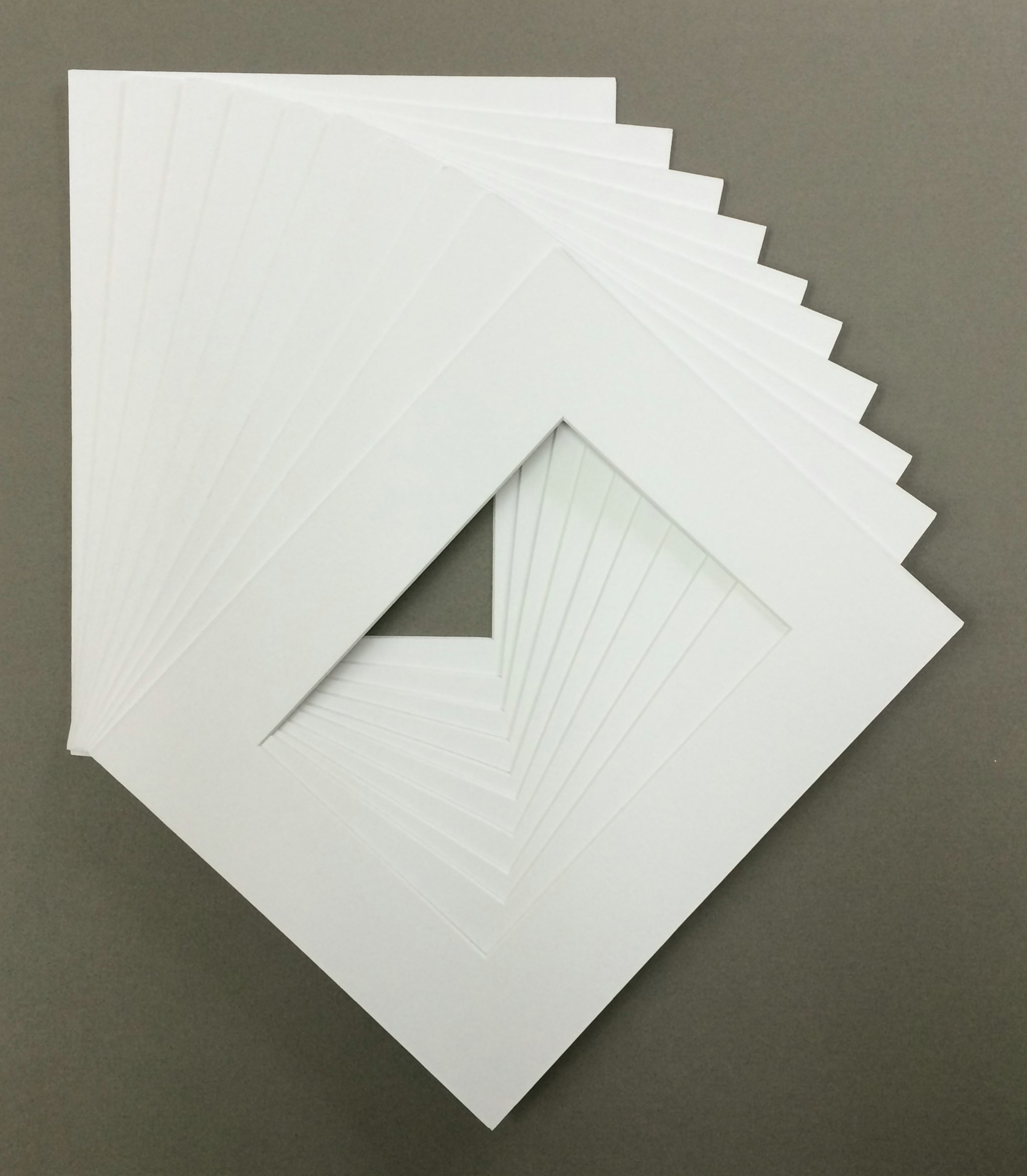 Pack of 10 22x28 White Picture Mats with White Core Bevel Cut for 18x24 Pictures