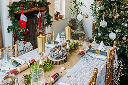 Styleboxe Woodland Christmas Table Decoration Set Up To 12 Guests