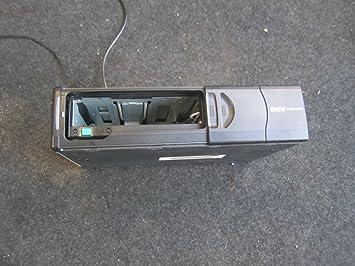 BMW 82110028760 E46 E39 E53 X3 CD CHANGER DISC CHANGER I BUS