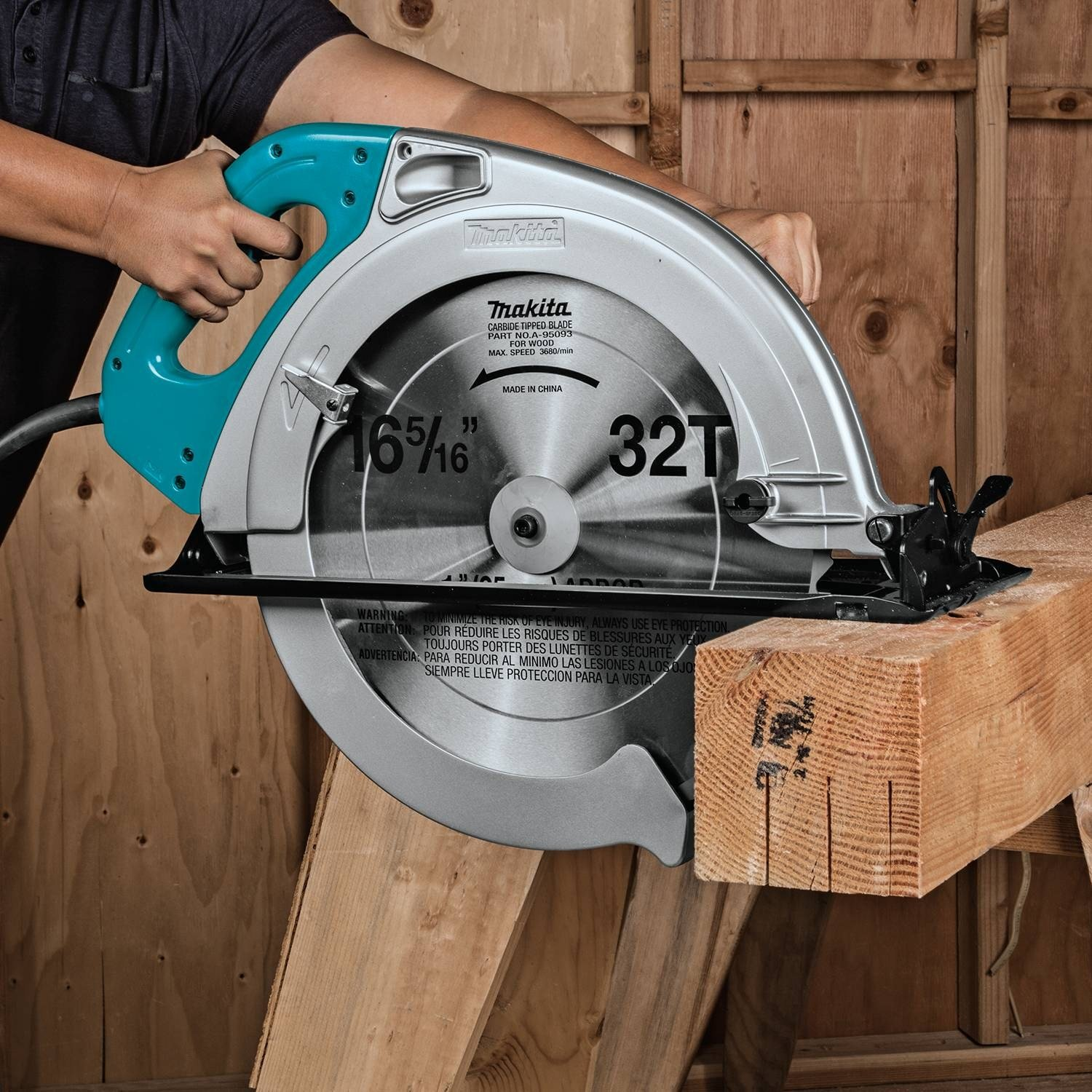 Makita 5402NA Circular Saw (16 5/16-Inches) Review 2