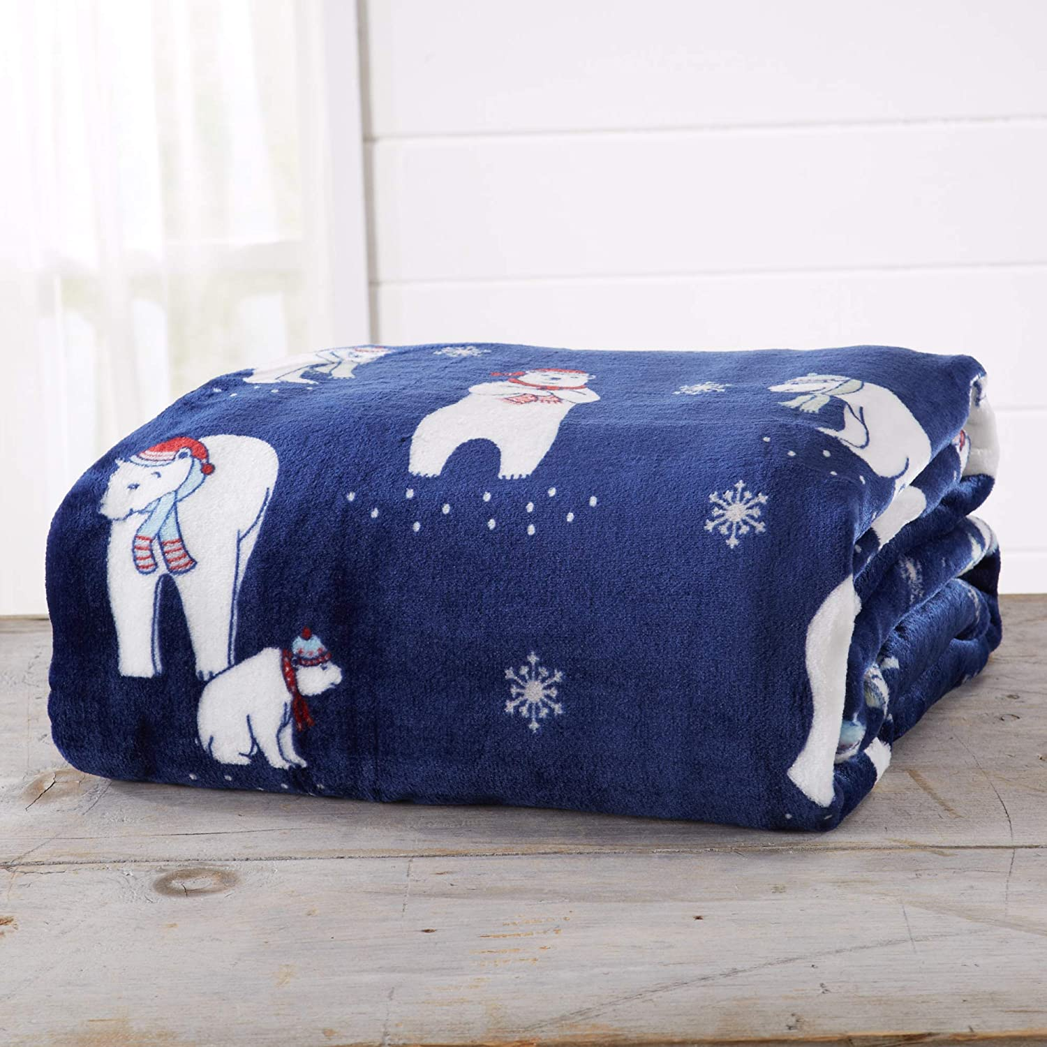 Snowman Great Bay Home Decorative Holiday Twin Blanket Super Soft Velvet Plush Christmas Design.