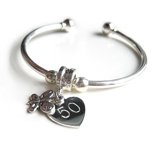negozio online 555e6 de487 Bracciale rigido in argento con charm a forma di cuore con scritta ...