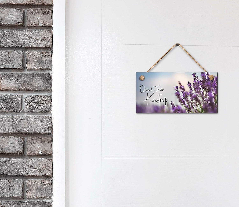 impresi/ón UV//con cord/ón en varios Etiquetas para el nombre con nombres impresos y texto en alem/ánHerzlich Willkommen Hermosa placa para puerta de casa con texto personalizado