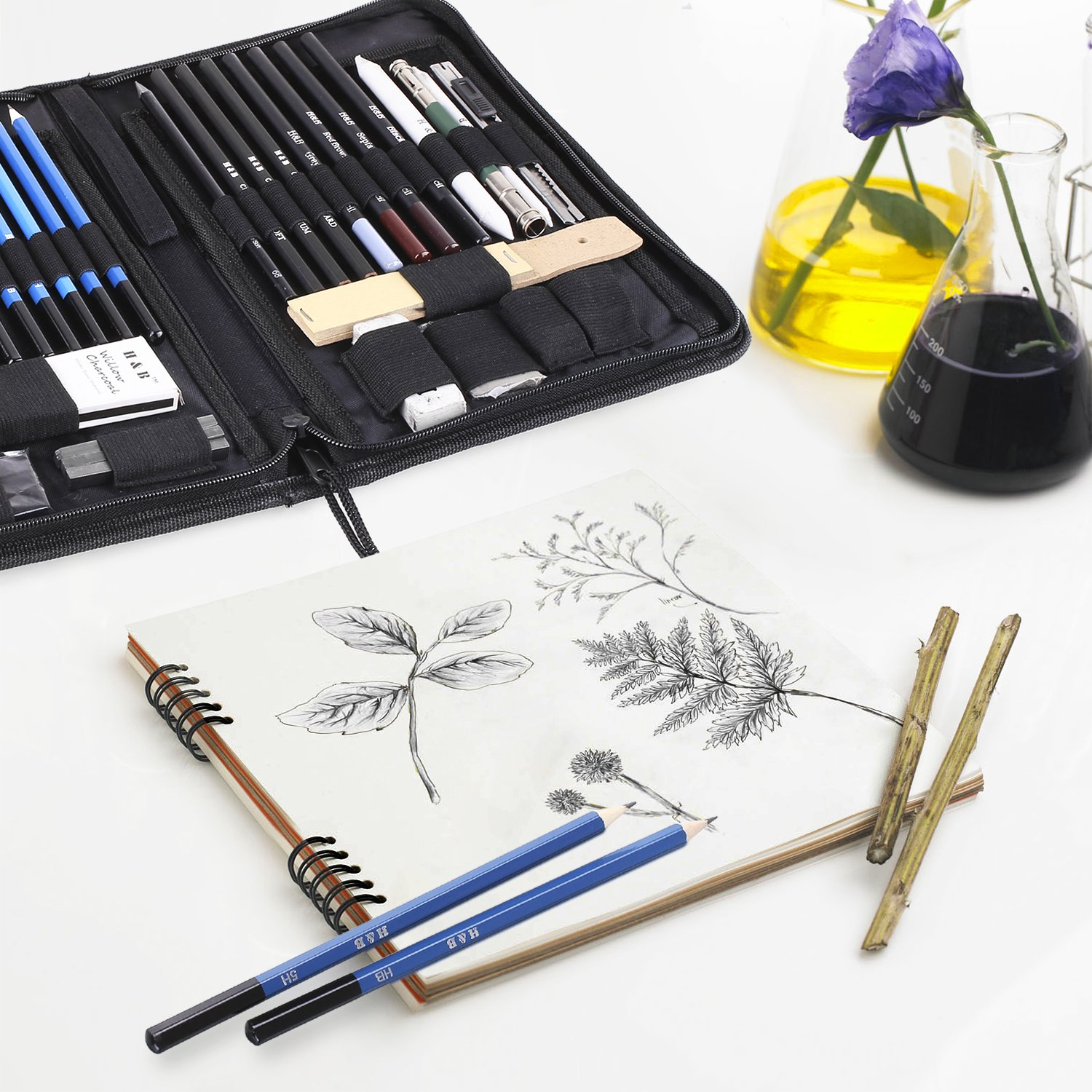 Erasers Kit Bag FEMOR Sketching//Drawing Pencils Set Ideal Gift for Kids and Painting Amateurs 40 Pieces Sketching Art Kit with Sketch//Graphite Pencils
