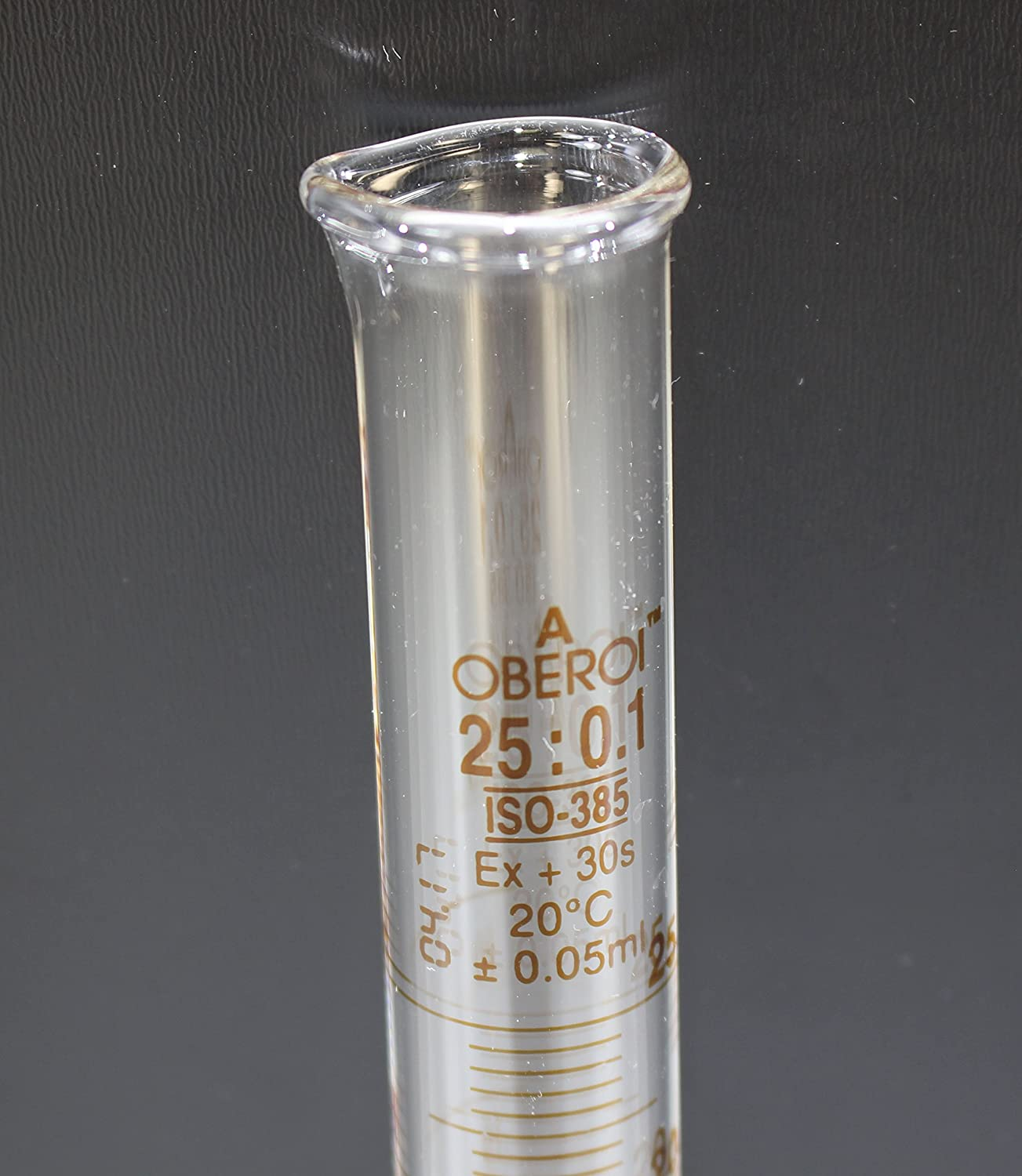 Class A 25 ml Graduated Cylinder Round Base Lot Certified