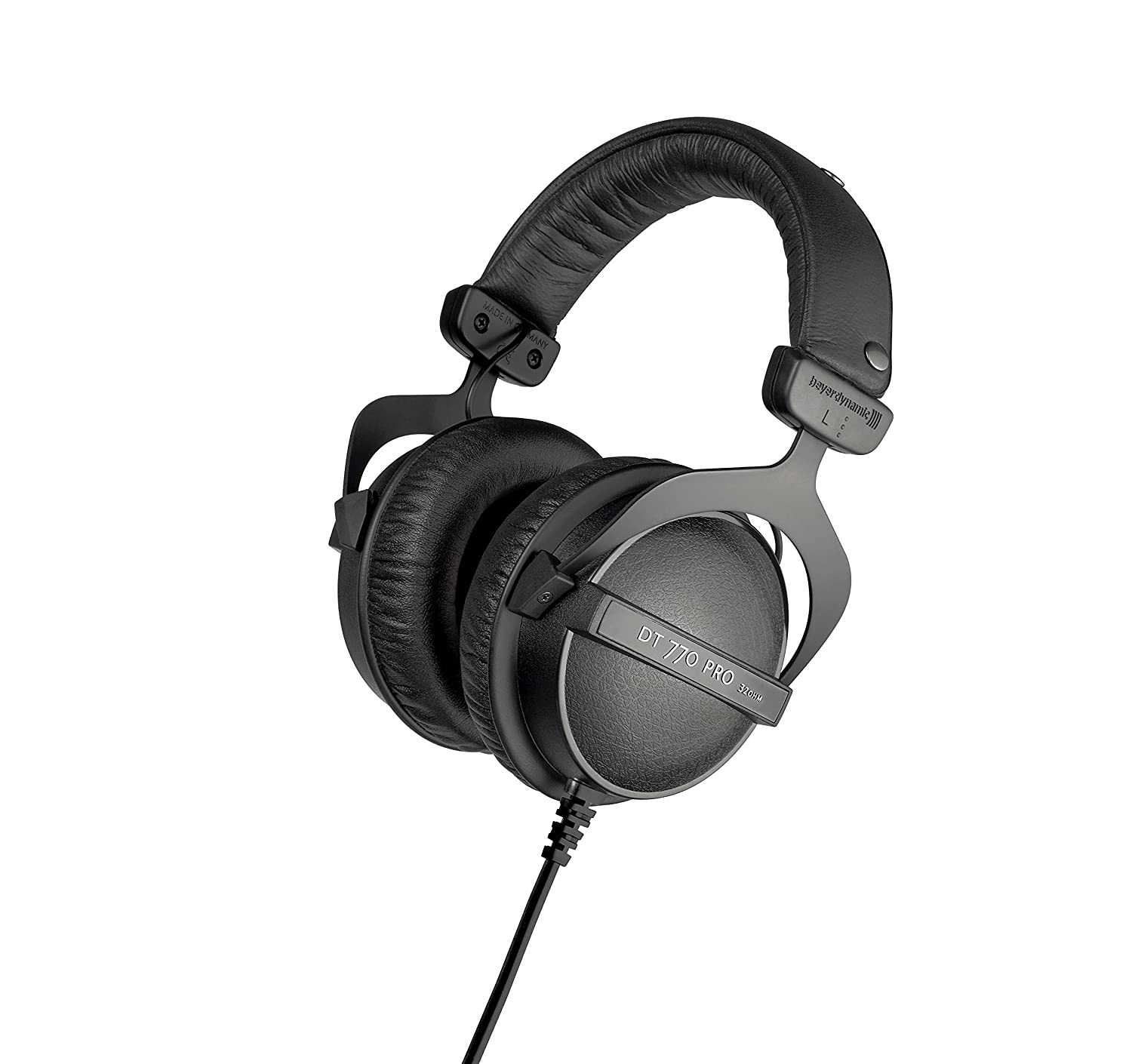 c43d61decbc Amazon.com: beyerdynamic DT 770 PRO 32 Ohm Over-Ear Studio Headphones in  Black. Enclosed Design, Wired for Professional Sound in The Studio and on  Mobile ...